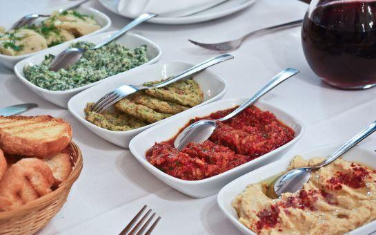 Çankaya Mezze Restaurant'ta Canlı Müzik Eşliğinde Çilingir Sofrası
