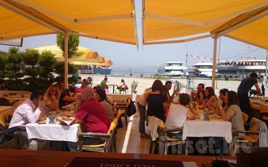 Büyükada Orası Burası Bahçe Restaurant'ta, Adadan İstanbul Manzarası Eşliğinde Leziz İftar Yemeği Ziyafeti!
