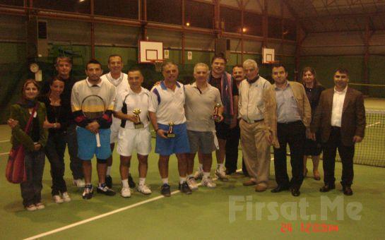 Kozyatağı Tennis Club'da, Uzman Tenis Hocaları Eşliğinde 4 Saatlik Tenis Eğitimi, 1 Aylık Club Üyeliği