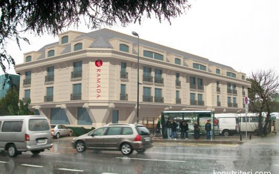 Ramada İstanbul Asia Hotel'de 2 Kişi 1 Gece Konaklama ve Kahvaltı Seçenekleri