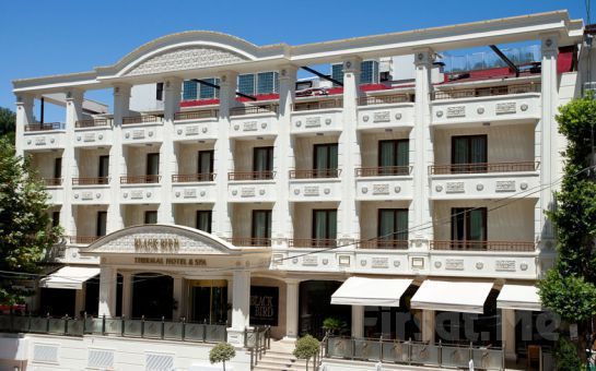 Yalova Black Bird Thermal Hotel'de Çiftlere Özel Masaj + Kese Köpük + Kil Maskesi + Doktor Balık Uygulaması + Türk Hamamı ve SPA Kullanımı!
