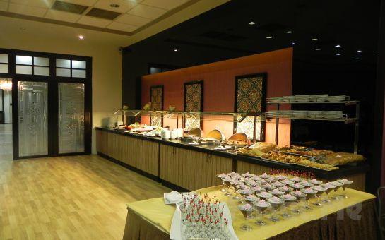 Sarıçamlar Turizm'den Kartepe Park Hotel'de Muhteşem Yılbaşı Yemeği ve Konaklama Fırsatı