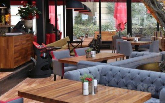 Ataşehir'in Merkezinde Balsamo Hotel'de Yeni Yıl Heyecanı Canlı Müzik ve Zengin Menü Eşliğinde Yılbaşı Balosu