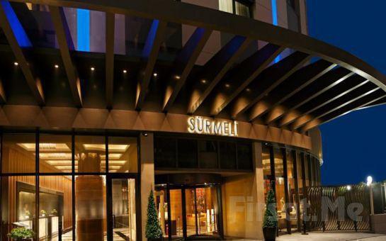 İstanbul Sürmeli Otel Sky Balo Salonu'nda Canlı Müzik, Zengin Menü Eşliğinde Yılbaşı Balosu ve Konaklama Seçenekleri