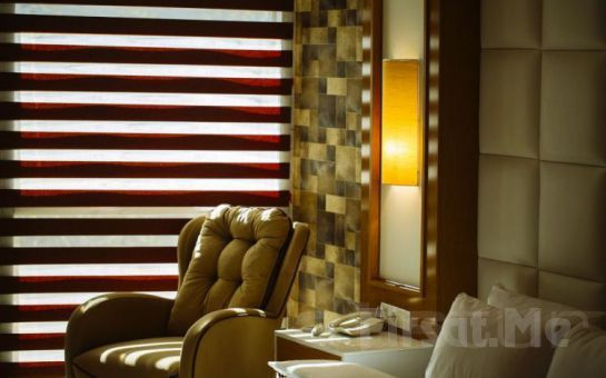İzmir'in Tam Kalbinde Pasaport Pier Hotel'de 2 Kişi 1 Gece Konaklama Ve Kahvaltı Keyfi!