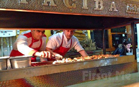Şile'de Façiba Restaurant'ta Canlı Müzik Eşliğinde Unutulmaz Bir Yılbaşı Gala Eğlencesi !
