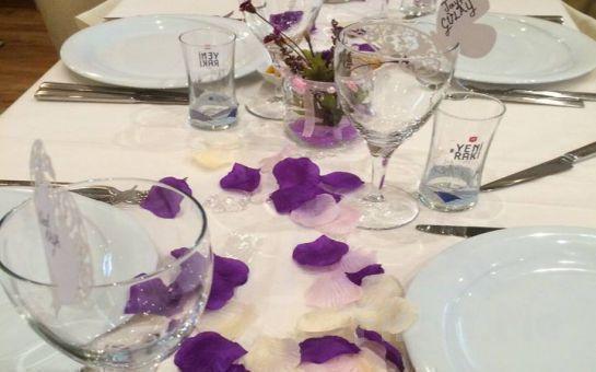 Kadıköy Keyifli Meyhane'de Fasl-ı Şahne, Canlı Müzikler, Oryantal Showlar ve Leziz Tatlar Eşliğinde Sevgililer Günü Kutlaması