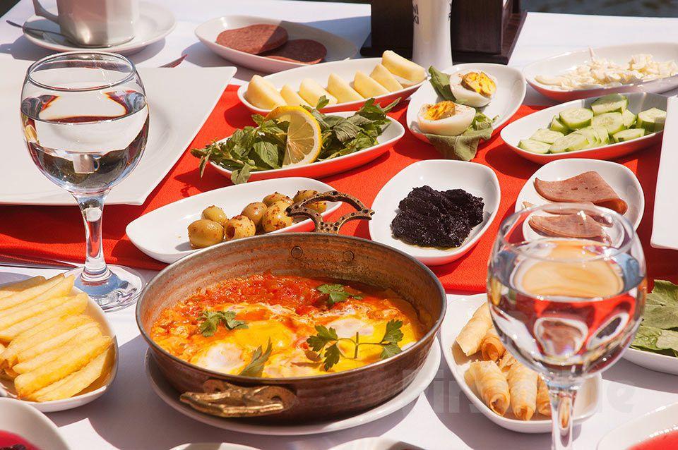 Doğa, Deniz ve Havuz Keyfinin Adresi Ağva Günay Otel, Restaurant'ta Sınırsız Çay Eşliğinde Serpme Köy Kahvaltısı
