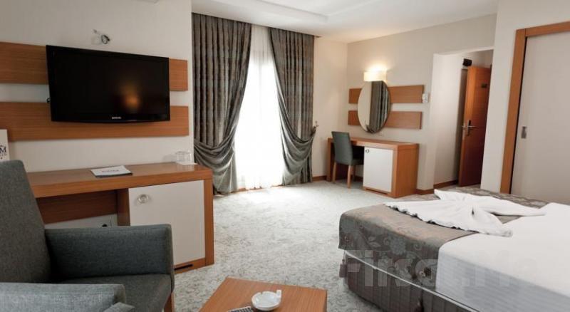 Kumburgaz Mercia Hotel'de Kahvaltı Dahil 2 Kişi 1 Gece Konaklama ve SPA Kullanım Fırsatı!
