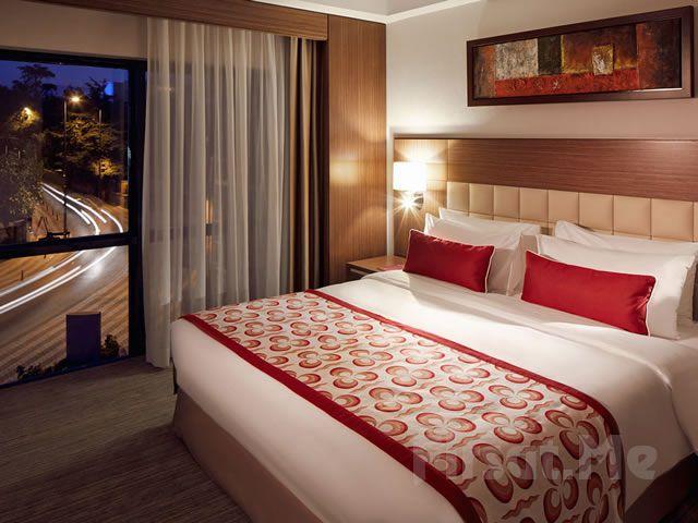 Mercure İstanbul Altunizade Hotel'de 2 Kişi 1 Gece Konaklama + Kapalı Havuz + Fitness Kullanımı Kahvaltı Seçeneğiyle!