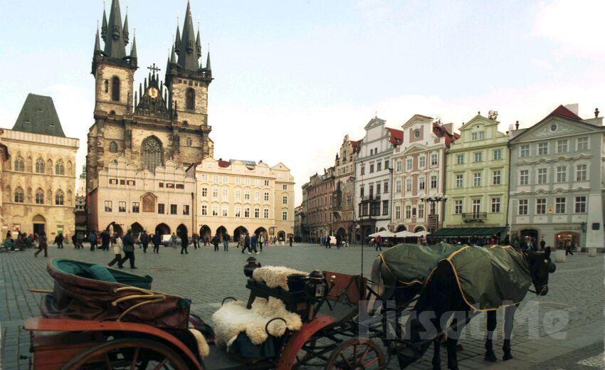 Alibaba Tur'dan Onur Havayolları ile 7 Gece 8 Gün Konaklamalı VİYANA, PRAG ve BUDAPEŞTE Turu!