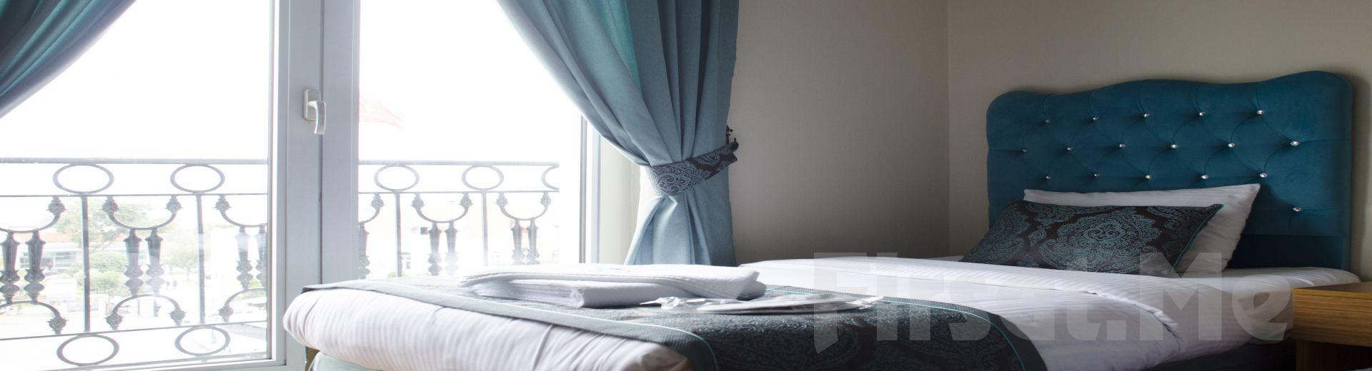 Deniz Manzaralı Zeytinburnu Panorama Otel'de Konaklama + Kahvaltı Keyfi!