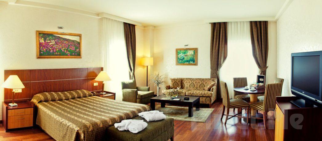 Eşsiz Ada Manzaralı 5 Yıldızlı The Green Park Bostancı Hotel'de 2 Kişi 1 Gece Konaklama ve Spa Keyfi, Kahvaltı Seçeneğiyle!
