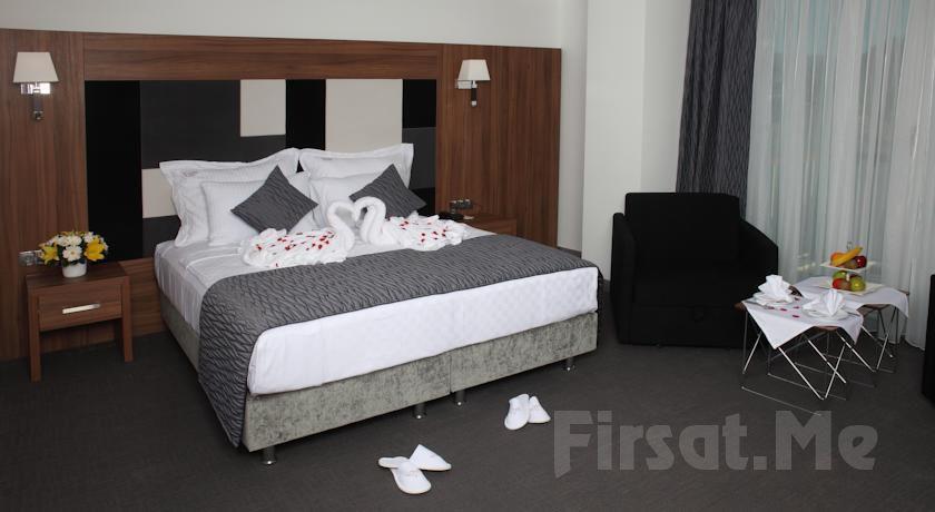 Yalova Lova Hotel & Spa'da 2 Kişi 1 Gece Konaklama ve Kahvaltı Yarım Pansiyon Seçeneğiyle!