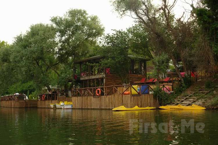 Göksu Nehri Kenarında Ağva Shelale Hotel'de Standart, Jakuzili ve Şömineli Bungalow Odalarda 2 Kişi 1 Gece Konaklama ve Kahvaltı Keyfi
