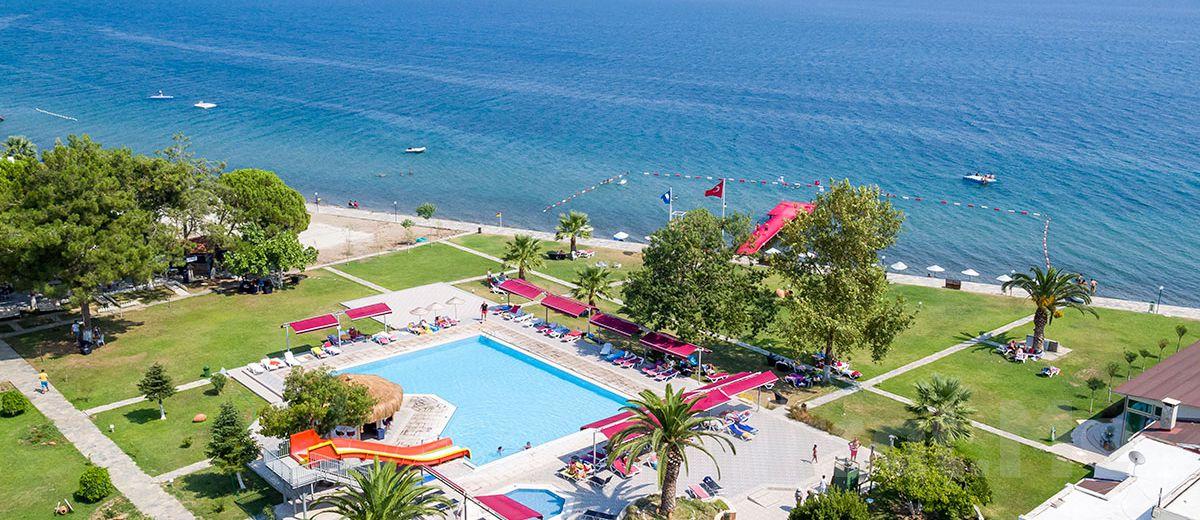 Denize Kenarında Edremit Altıner Hotel'de Yarım Pansiyon Konaklama Keyfi!