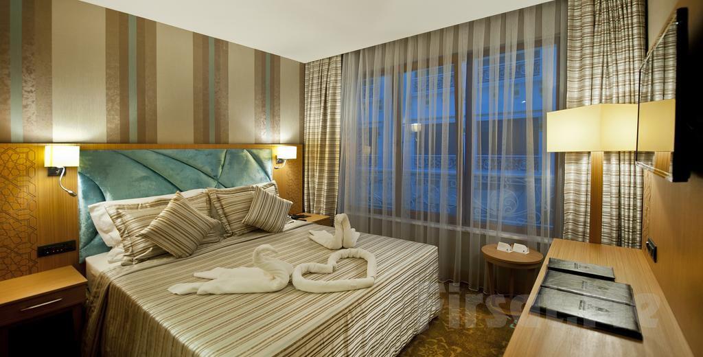 Retaj Termal Hotel & Spa Yalova'da 2 Kişilik Kahvaltı Dahil, Yarım ve Tam Pansiyon Konaklama Seçenekleri ve Termal Keyfi!