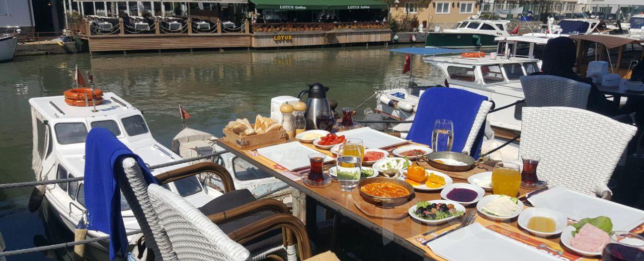 Anadoluhisarı Seria Marin Cafe Restaurant'ta Göksu Nehri Manzaralı Sınırsız Çay Eşliğinde Serpme Kahvaltı Keyfi!