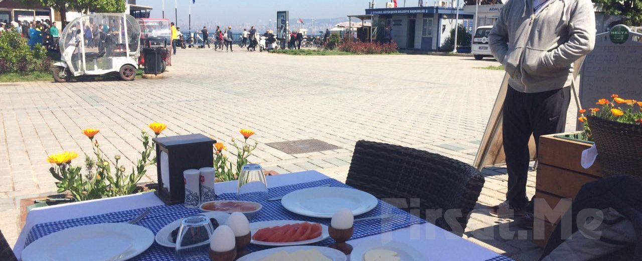 Büyükada Orası Burası Restaurant'ta Adadan İstanbul Manzarası Eşliğinde Kahvaltı Keyfi!