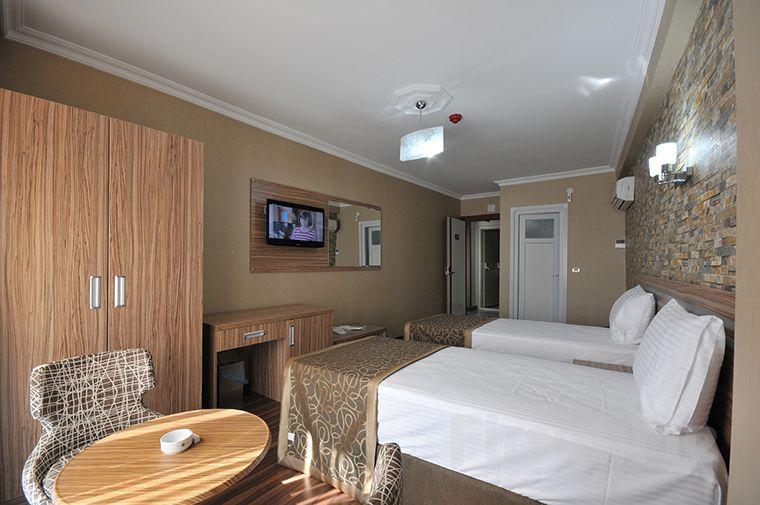Gaziosmanpaşa'da Gümüş Palas Hotel'de Açık Büfe Kahvaltı Dahil Konaklama Keyfi!