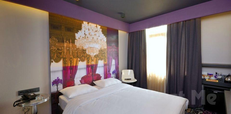 Beyoğlu Pera'da City by Molton Hotels'de Standart Odalarda 2 Kişi 1 Gece Kahvaltı Dahil Konaklama Keyfi!