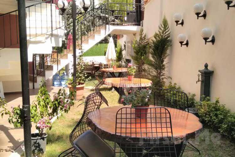 Büyükada Aşıklar Butik Otel'de Ada Manzarasında Leziz Kahvaltı Keyfi!