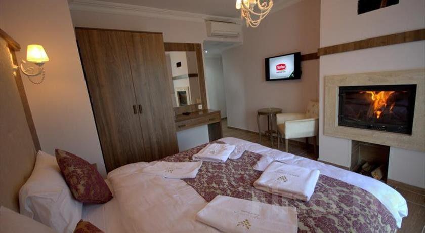 Ağva Asmalı Garden Butik Otel'de Yılbaşına Özel Şömineli Odalarda 2 Kişi 2 Gece Konaklama ve Kahvaltı Keyfi!