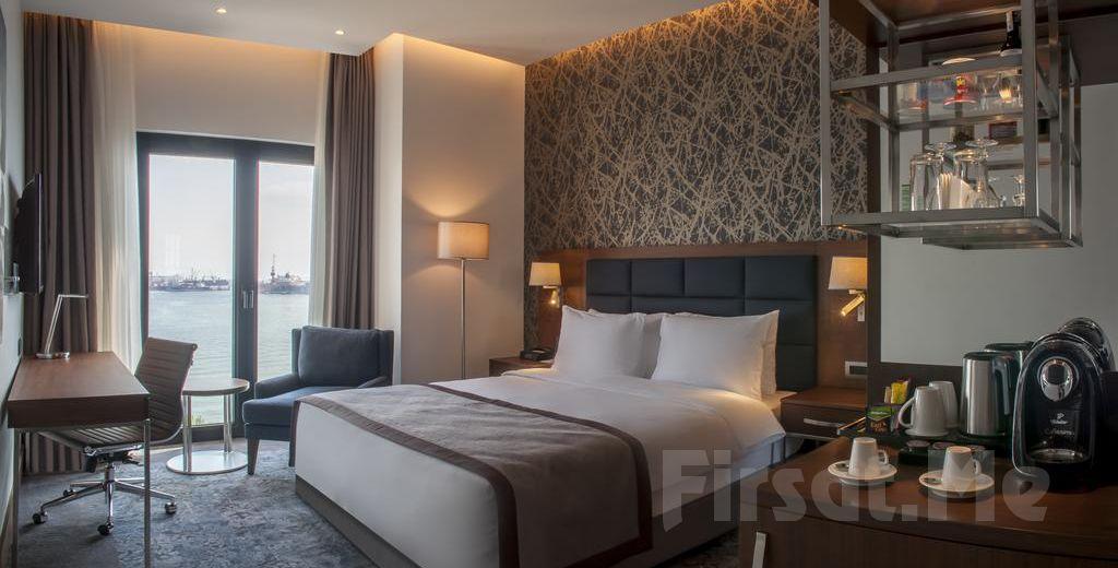Holiday Inn İstanbul Tuzla Bay Hotel'de 2 Kişilik Konaklama Seçenekleri