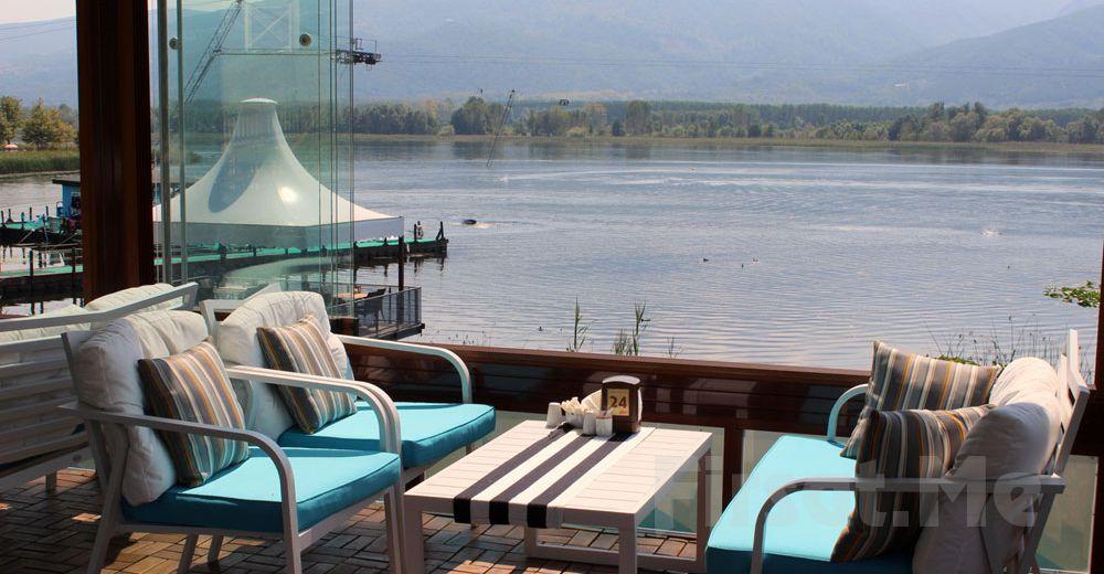 Sapanca Gölü Kartepe Sukay Park'ta Göl Manzarası Eşliğinde Leziz İftar Menüleri
