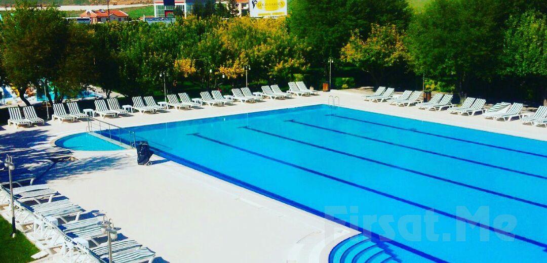 Gölbaşı Gold & Garden'da Tüm Gün Havuz Keyfi