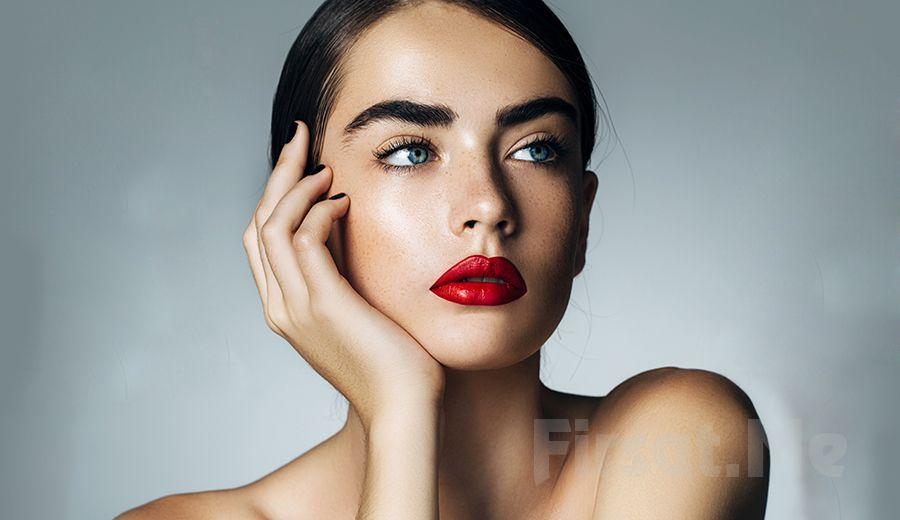 Eliya Beauty Studio Bakırköy'de Daha Gür ve Kalın Kaşlar için Kaş Vitamin Uygulaması, Kaş Kontürü, Deepliner ve Eyeliner