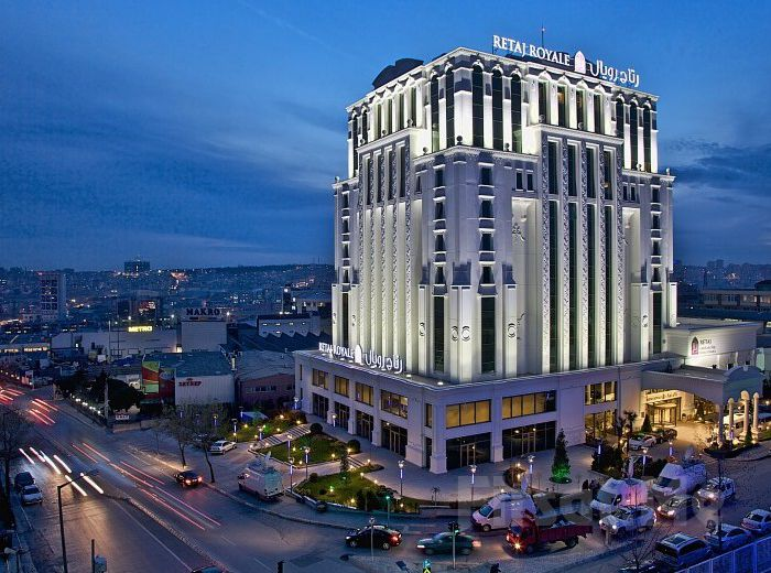 Güneşli Retaj Royale İstanbul Otel'de 2 Kişi 1 Gece Konaklama ve Spa Kullanımı (Yılbaşı Seçeneği ile)