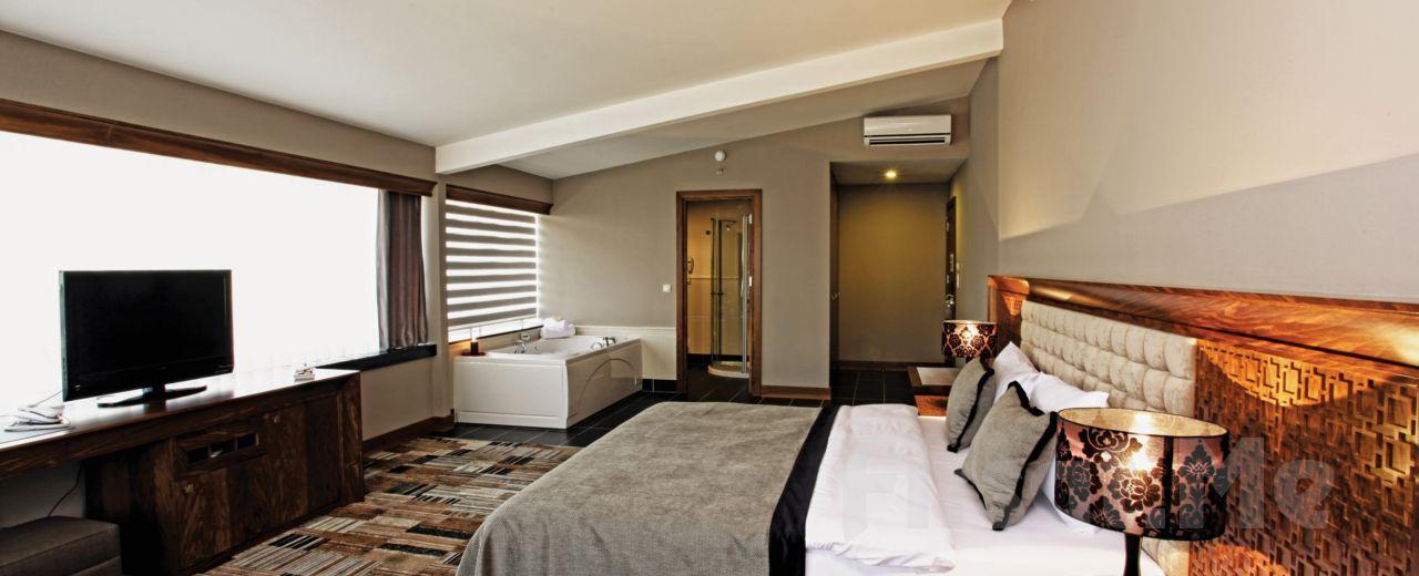 Bursa Tiara Termal & Spa Hotel'de 2 Kişilik Konaklama Seçenekleri