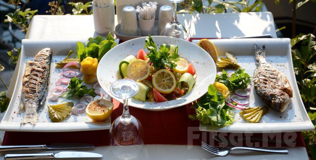 Anadolu Hisarı Göksu Locca Cafe Resto'da Canlı Müzik Eşliğinde Leziz Akşam Yemeği