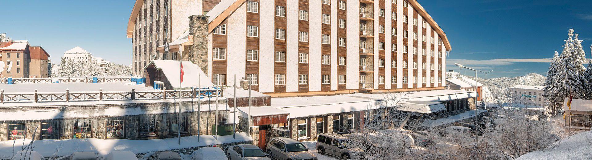 Uludağ Grand Yazıcı Otel'de 4 Gece Konaklamalı Uludağ Sömestre Kayak Turu
