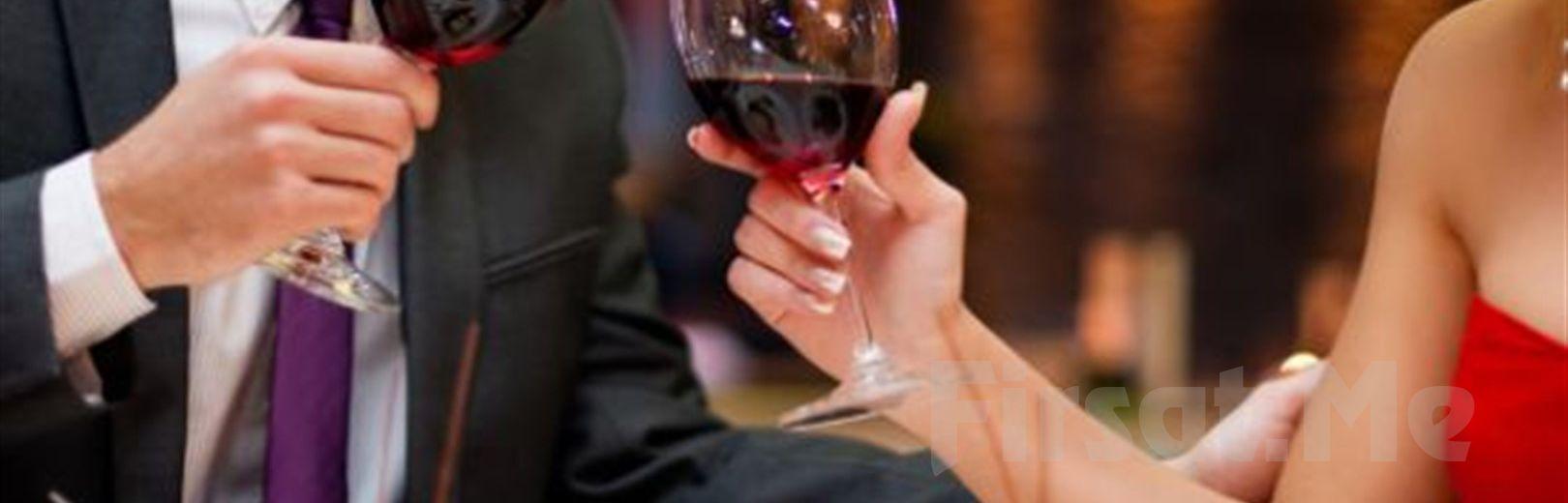 Hayal Kahvesi Emaar'da 14 Şubat'ta 'Paul Dwyer' Eşliğinde Sevgililer Günü Yemeği ve Konser Bileti