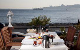 Kız Kulesi Manzarası'nda Salacak Cafe 5. Cadde'de Enfes Kahvaltı Keyfi!