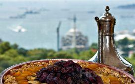 Merter Şelale Restaurant ve Cafe'de Leziz İftar Ziyafeti