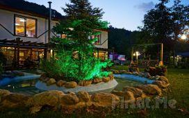 Sapanca'nın Eşsiz Doğasında Gönül Sofrası Butik Otel'in Ahşap veya Şömineli Bungalow Odalarında 2 Kişi 1 Gece Konaklama Fırsatı!