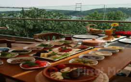 Rumeli Hisarı Pruva Restaurant'ta Muhteşem Boğaz Manzarası Eşliğinde Serpme ve Açık Büfe Kahvaltı Keyfi