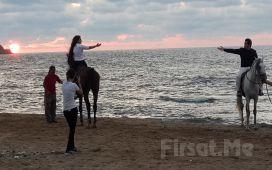 Atlıtur Gümüşdere Plajı Tesislerinde Sahilde At Binme Deneyimi!