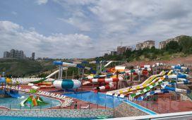 Ankara Waterpark Çankaya Aquapark'ta Tüm Gün Havuz Keyfi