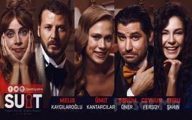 Genç ve Ünlü Oyuncu Kadrosundan 'Suit - Düğün Dündü, Bugün Bugün' Tiyatro Oyun Bileti