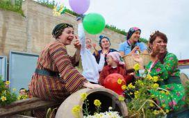 11 - 12 Nisan'da 1 Gece Konaklamalı 11. Alaçatı Ot Festivali Turu