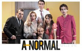 Ünlü Doktorun Psikiyatri Kliniğinden Ulusal Bir Soruşturmaya 'Anormal' Tiyatro Oyunu Bileti