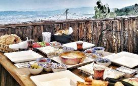 Asmaaltı Cafe Osmangazi'de Serpme Kahvaltı Keyfi
