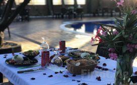 Beylikdüzü The Shaula'da Canlı Müzik Eşliğinde Leziz Yemek Menü Seçenekleri