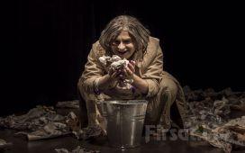 İlker Karabulut ile 'Bir Delinin Hatıra Defteri' Tiyatro Bileti