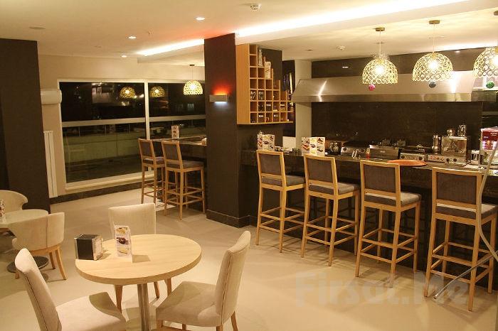 Avenue Terrace Cafe