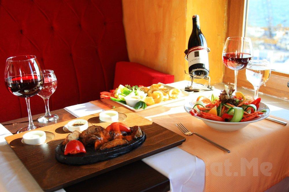 Marbella Cafe Restaurant